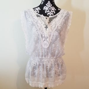 EUC Sheer White Lace detail Sleeveless top